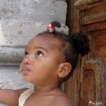 Küba'daki tüm çocukların, ücretsiz, günlük bir şişe süt hakkı var