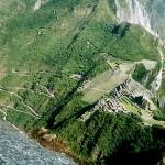 Bu da Huayna Picchu'dan Machu Picchu'nun görünüşü.