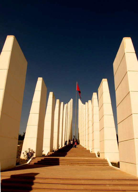 Sakarya Şehtileri Anıtı